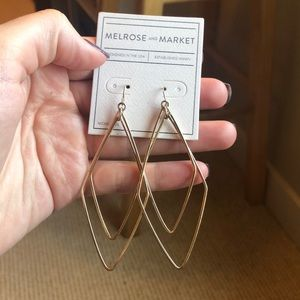 Melrose and Market gold earrings NWT